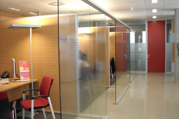 Bbva terrassa bank offices artis - Caixa telefonos oficinas ...
