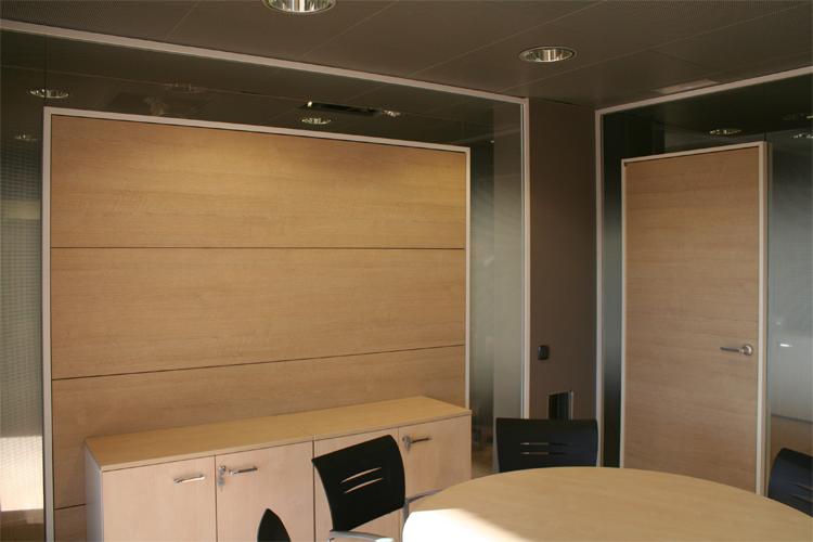 Oficinas la caixa agencaixa y banca privada artis for Oficinas dela caixa en valencia