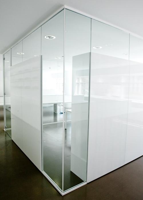 Oficinas centrales del macba artis for Bbva oficines barcelona