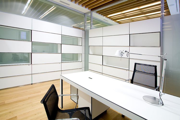 Oficinas institucionales del cas n del buen retiro artis for Oficinas bbva terrassa