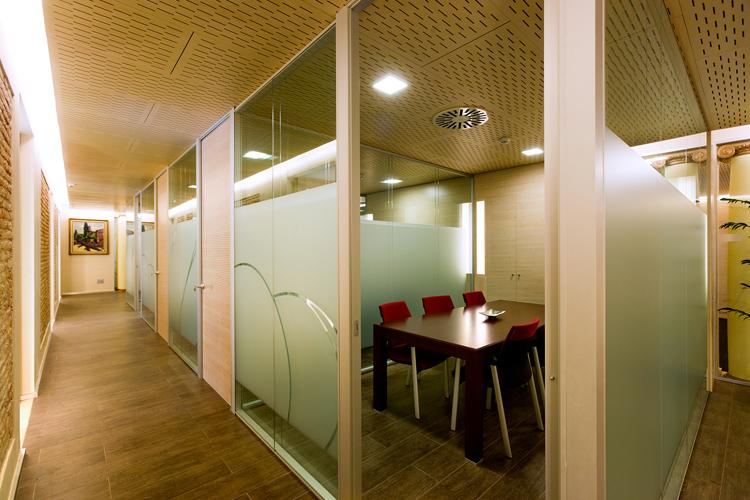 Oficinas corporativas banco unnim bbva artis for Banco bilbao vizcaya oficinas