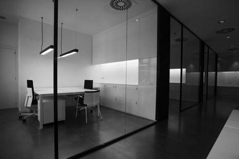 Oficinas de lupo en barcelona artis for Oficinas de fecsa endesa en barcelona
