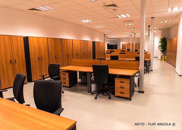 Asamblea nacional de angola artis for Oficinas bbva terrassa